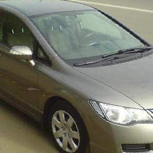 В разборе Honda Civic 4D 2008 1. 8 в Репино